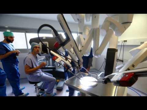 chirurgie mammaire reconstruction mammaire assist e d 39 un robot youtube. Black Bedroom Furniture Sets. Home Design Ideas