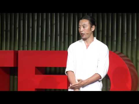 Eiji Han Shimizu: What all happy people have in common