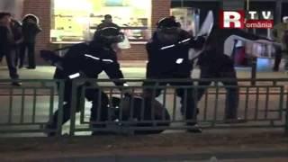 Imagini socante!Protestatari bătuţi cu bestialitate de jandarmerie (România, stat jandarmeresc)