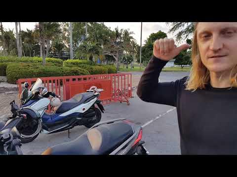 Владелец Yamaha Xmax 300 Мотопутешественник о своем скутере