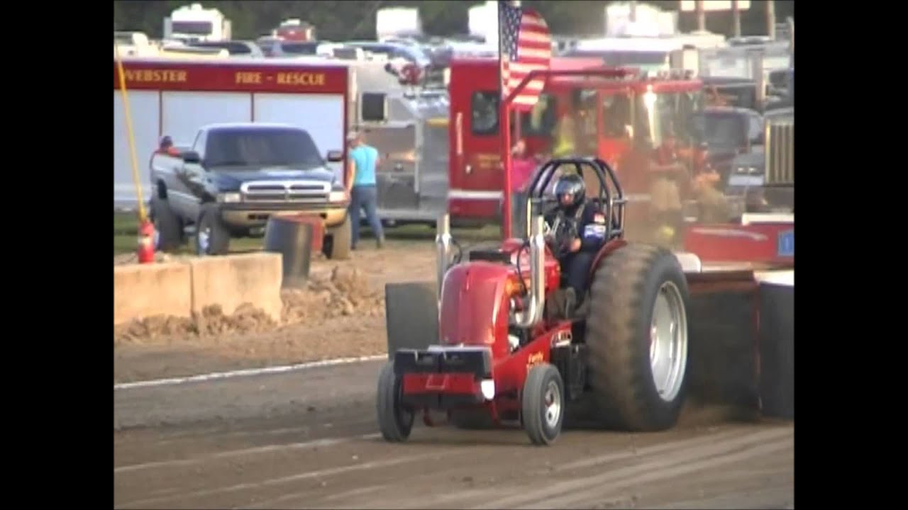 V8 Antique Tractors : Lb v hot rod tractors wayne county in fair pull