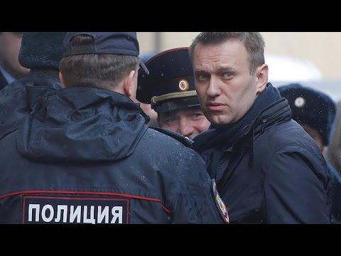 Mosca, Alexei Navalny in Tribunale. Il blogger rischia fino a 15 giorni