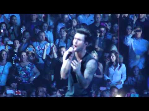 Maroon 5 - Daylight (Live on 3/30/2013)