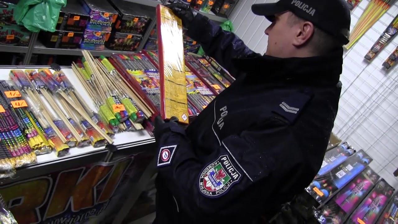Punkty sprzedaży fajerwerków pod okiem policjantów