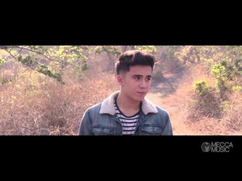 Into Your Arms - Luigi D' Avola (Official Music Video)