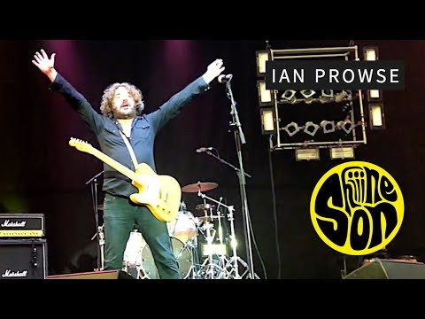 Ian Prowse - Fair Blows the Wind for France, Live @ Shiiine On Weekender 2017