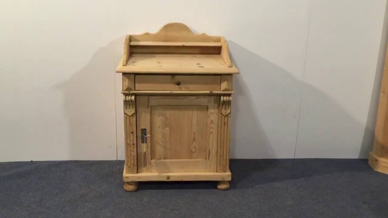 Small Antique Pine Wash Cupboard   Pinefinders Old Pine Furniture Warehouse