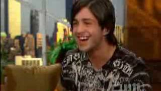 Nickelodeon's Josh Peck Wants You To Call Him 'Commodore'