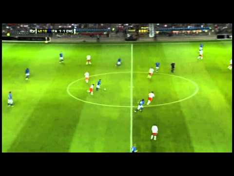 Daniele De Rossi vs England 2012