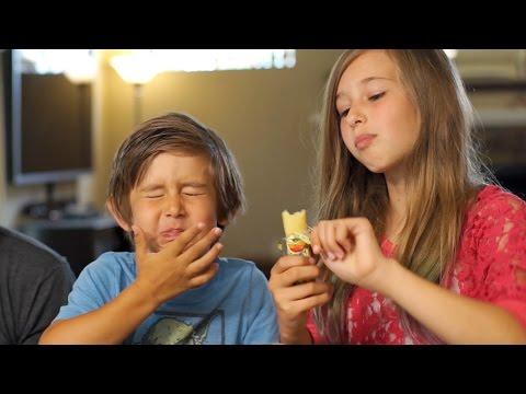 Snack Review w/Josh Darnit, Evancredible & Johnnamazing! Munchpack & Go Gourmet