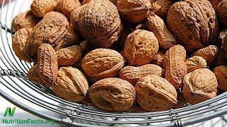 Ořechy mohou pomoci předejít úmrtí