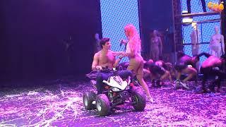 Pabllo Vittar - Sua Cara (Ao Vivo) @ Chá da Alice (Vídeo Oficial)