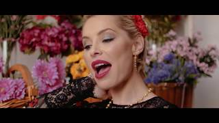 Soraya Arnelas - Yo Brindo (Video Oficial)