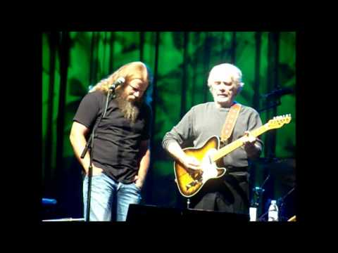 "Merle Haggard, Jamey Johnson Singing ""Long Black Veil"""