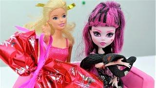 Игры для девочек с Монстер Хай и Барби: новогодние подарки