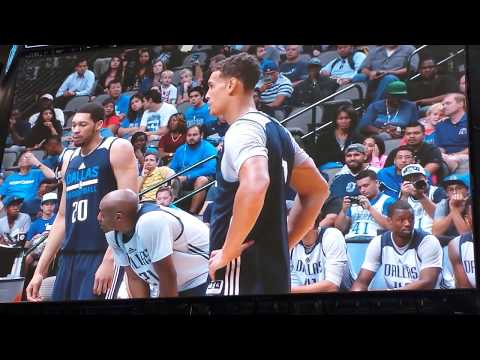 Dwight Powell at Mavs open practice