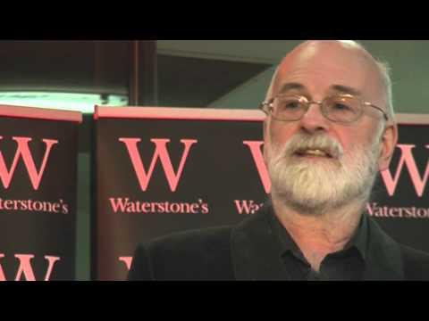 I Shall Wear Midnight - Terry Pratchett signing (part 1)