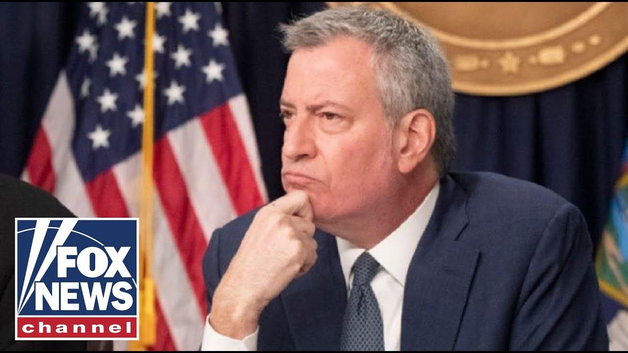 Should Bill de Blasio resign amid rising violence in New York City?
