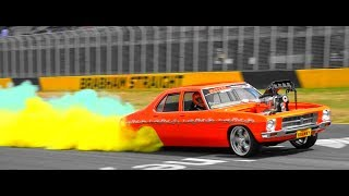 MOTORBIKE BURNOUTS SUPER SKIDS & DRIFTING AT SUPERNATS 2017