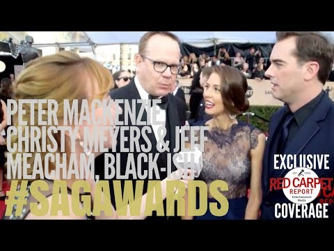 Peter Mackenzie, Christy Meyers & Jeff Meacham #blackish interview at 24th #SAGAwards Red Carpet