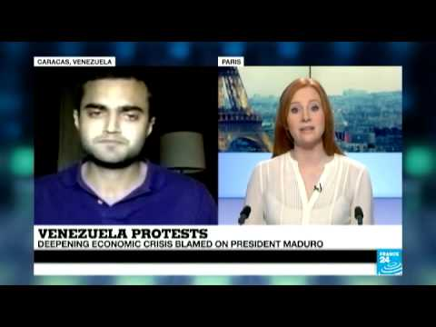 Venezuela: US consular officials expelled as protests continue