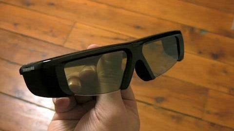 Should You Buy a 3DTV? - 3D TV Review - Samsung Series 7