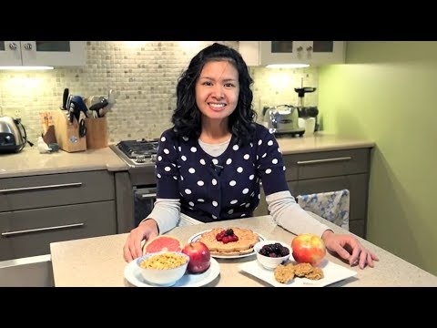 Jen Can Cook - Vegan breakfast (granola, sausage patties, waffles)