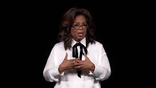 Speech Oprah Winfrey bij Apple TV+: 'We willen gehoord worden maar moeten ook luisteren'