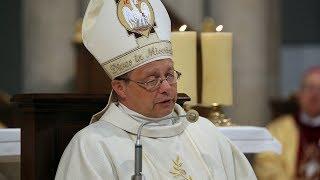 Abp Grzegorz Ryś podczas święceń kapłańskich