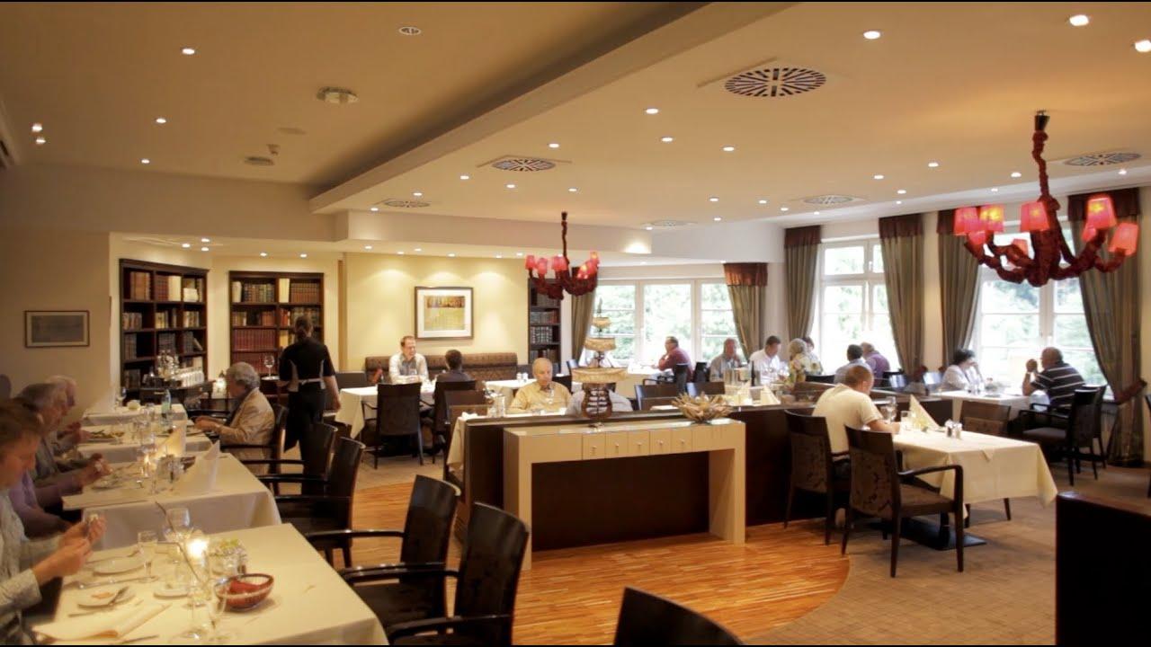 hotel waldschl sschen in schleswig restaurant youtube. Black Bedroom Furniture Sets. Home Design Ideas