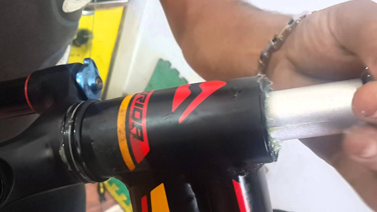 Tapered fork into a non tapered headtube