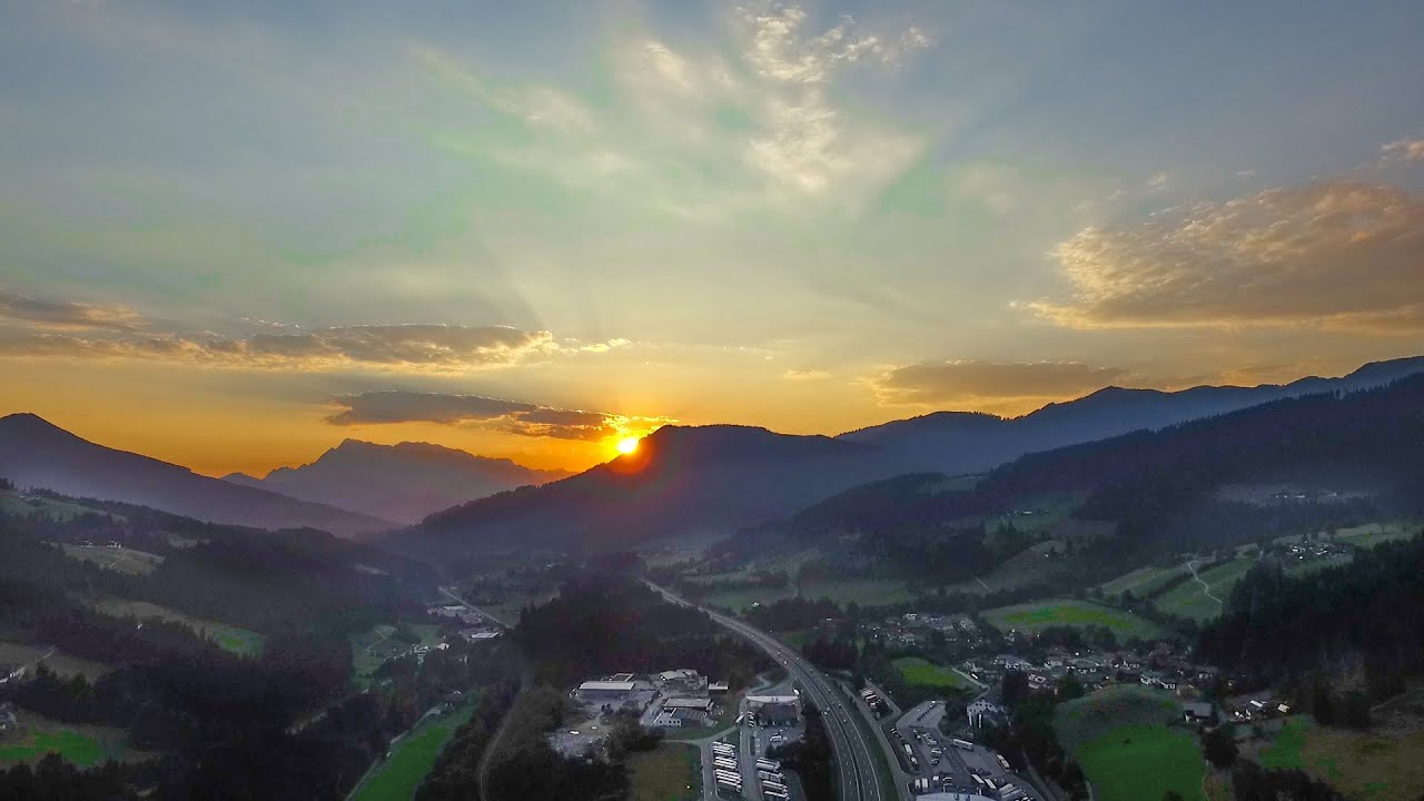 Dji Phantom 3 Drone >> Sonnenuntergang in den Bergen RAW   Phantom 3 Pro - YouTube