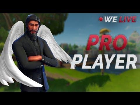 Pro Fortnite Player (PS4) | Fastest Builder | WE LIVE! #SoaRRC