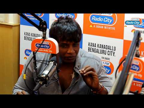 Duniya Vijay Gets Beaten Up For Eating Chicken | Watch Till The End | Star Express With RJ Nethra