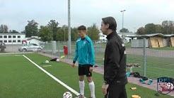 Passspiel Training am Deutschen Fußball Internat