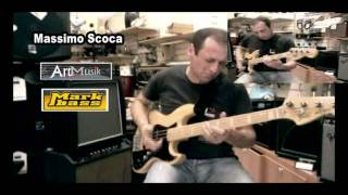 Gambar cover Massimo Scoca  - Bass Slapping Improvisation