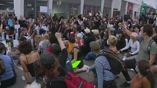 4th Day Of Protests Peaceful As Group Gathers Outside Miami-Dade State Attorney's Office