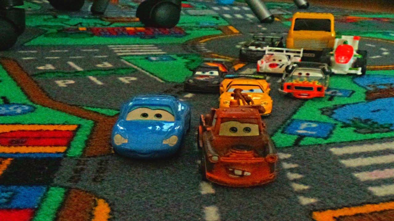 cars 2 toys stop motion film cars crash monster truck off. Black Bedroom Furniture Sets. Home Design Ideas