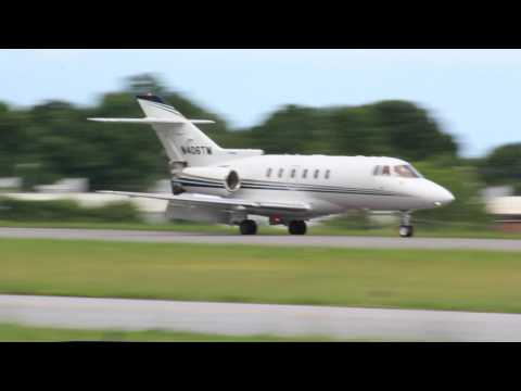 Travel Management Co Hawker 800 Landing at Hickory Regional  (5-28-17)