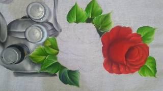 Aula de rosa rosas vermelhas.Pintura em tecido