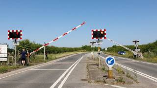 (4K) *Special, Very Rare* Wallingford Level Crossing, Oxfordshire