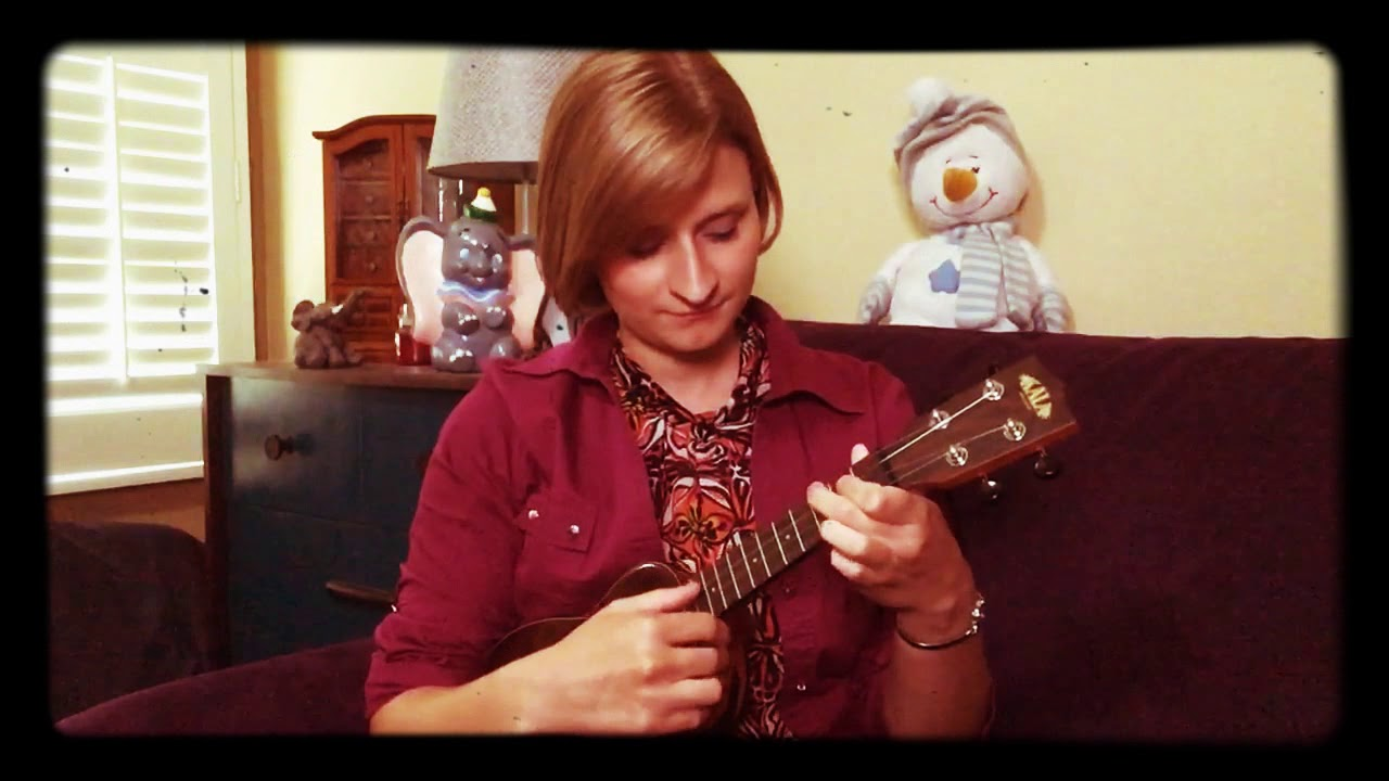 "Andy Williams - ""Moon River"" Ukulele Cover by Gracie Haining"