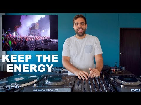 DJ TIPS - HOW TO KEEP THE ENERGY UP & KEEP PEOPLE DANCING