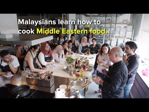 Syrian refugee shares his passion for food in Malaysia