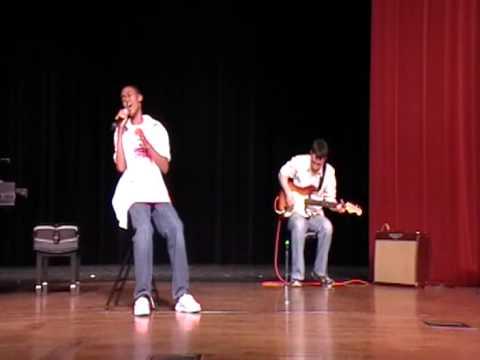 Nico singing