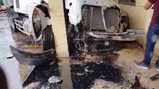 Hiện trường tai nạn giao thông khiến nhiều phương tiện hư hỏng