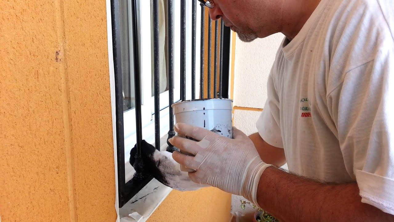 Como pintar una reja r pidamente youtube - Como pintar puertas de sapeli ...