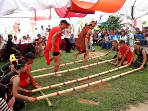 Buku Skrap EDU Kebudayaan Kaum Kadazan Dusun