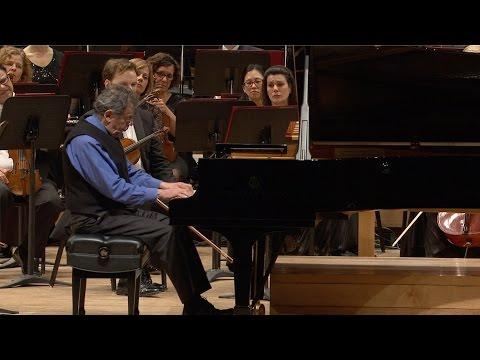 Philip Glass joue Mad Rush