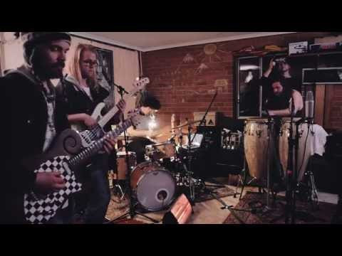 The Seven Ups - Through the Dust (live in Carl's garage)